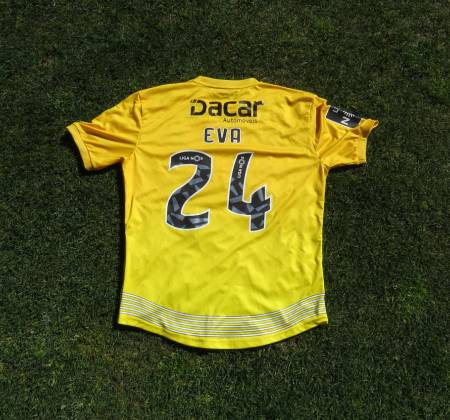 CD Aves jersey worn by Beunardeau at a game