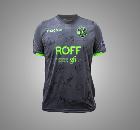 Official Sporting CP game jersey signed by the futsal squad