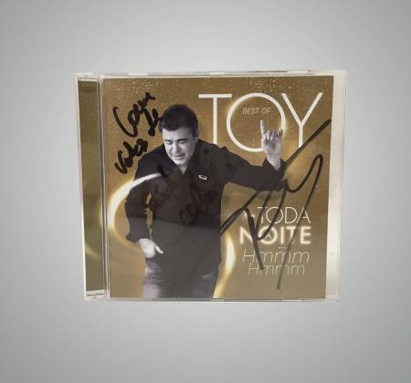 CD de Toy autografado pelo artista