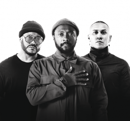 Meet & Greet and guitar signed by Black Eyed Peas at Rock in Rio 2019