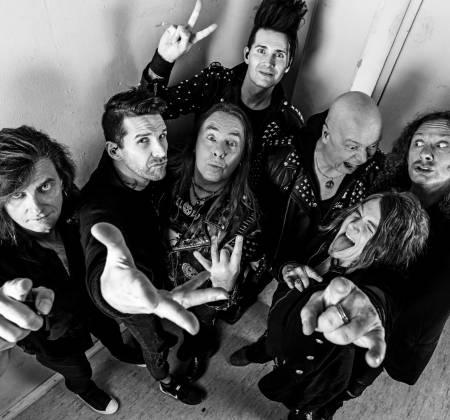 Meet&Greet e guitarra autografada pelo Helloween no Rock in Rio 2019
