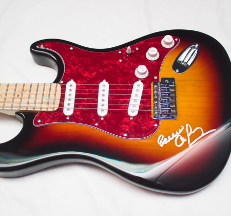 Signed Guitar by Erasmo Carlos at Rock in Rio 2015