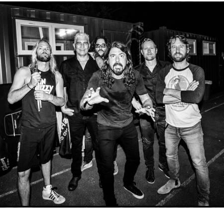 Guitarra autografada pelo Foo Fighters no Rock in Rio 2019
