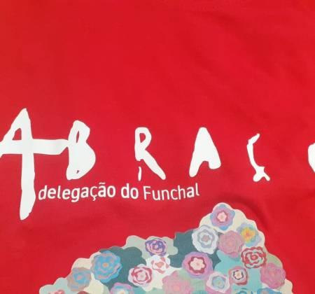 T-shirt Abraço Funchal