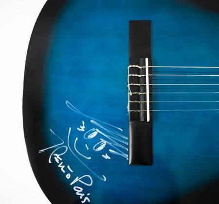 Signed guitar by João Pedro Pais