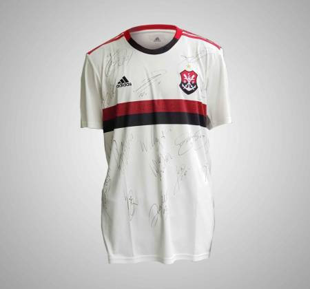 Flamengo Regatas Club jersey signed by the players