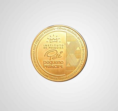 Bronze coin commemorating Pelé's 152nd goal