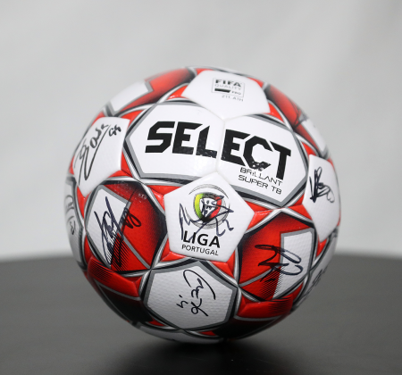 Bola Oficial Select autografada pelo plantel Sporting CP - Final Four Allianz CUP 2020