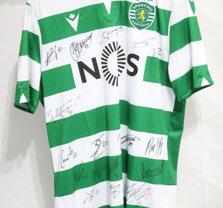 Camisola do Sporting CP autografada pelo plantel - Final Four Allianz