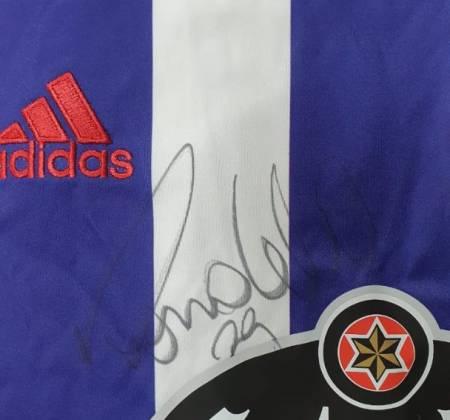 Camisa Real Valladolid Club de Fútbol assinada pelo Ronaldo Fenômeno