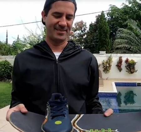 1 Oakley sneakers personalized by Bob Burnquist