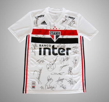 Camisa do SPFC autografada + partida de futebol online com Santo Paulo