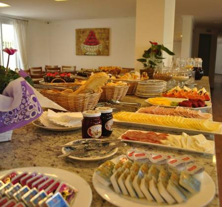 Pousada Moderna Weekend for couples with breakfast