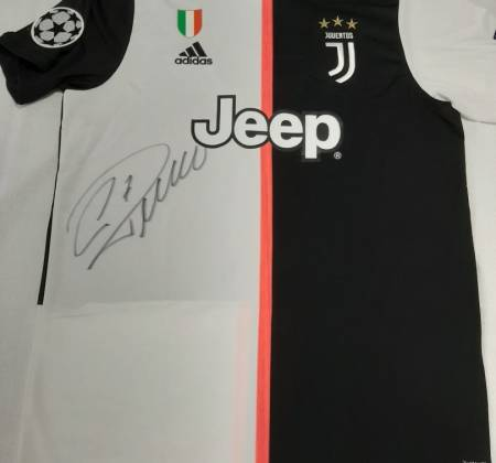 Juventus jersey signed by Cristiano Ronaldo