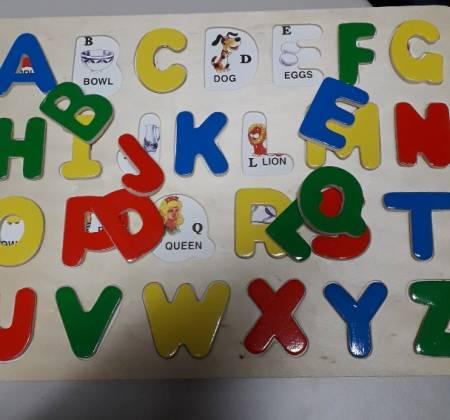 Puzzle de letras com palavras em inglês