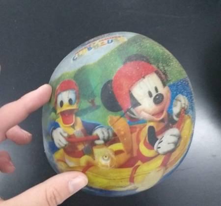 Bola do Mickey