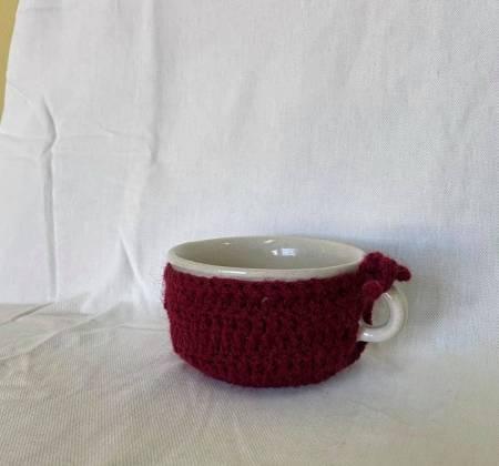 Caneca pequena com pormenor em crochê