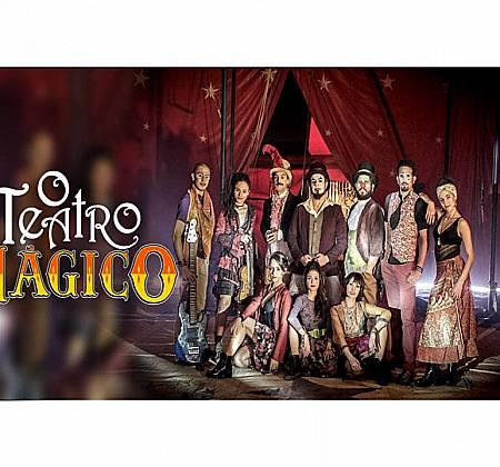 Kit do Teatro Mágico com 12 itens exclusivos