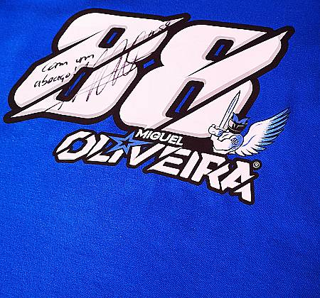 Official T-shirt autographed by Miguel Oliveira
