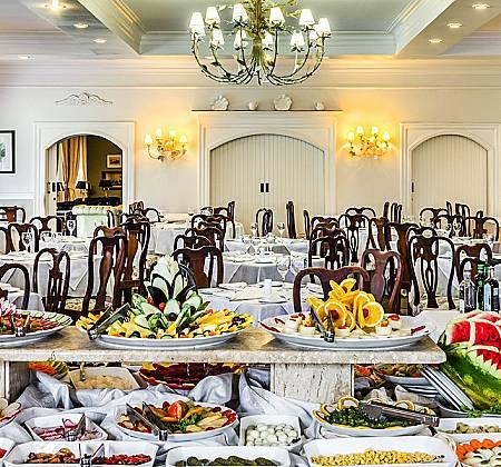 San Raphael Country Hotel: 01 diária em apartamento duplo casal com pensão completa