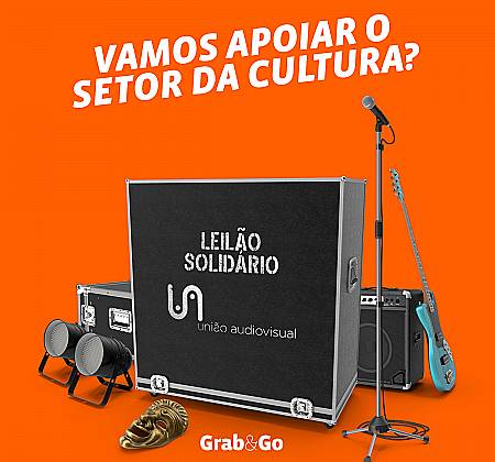 Camisola de Zé Castro da Associação Académica de Coimbra, autografada pelo plantel 20/21