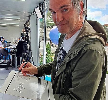 """Edição rara, em vinil, de """"O Vento Mudou"""" dos Delfins autografado por Miguel Ângelo"""